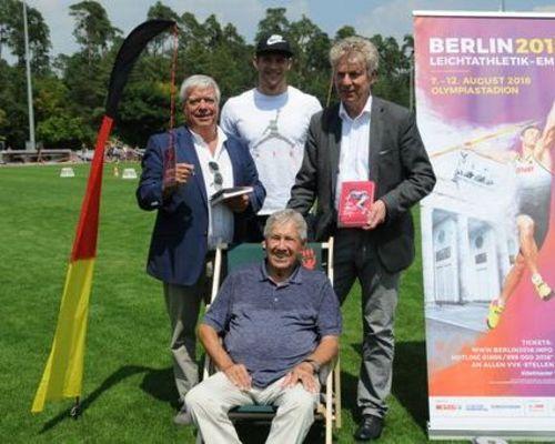 Weltklasse-Speerwerfer Andreas Hofmann unterstützt Crowdfunding zum SWP-Citylauf